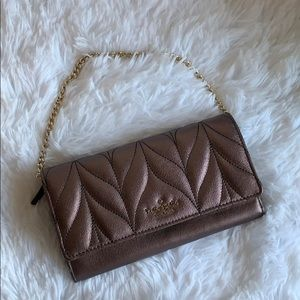 NWT Kate Spade quilted convertible wallet